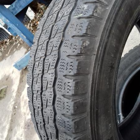 Бусовские шины б.у. / резина бу 215.65.r16с Firestone Van Hawkwinter Файрстоун