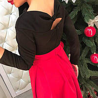 Красивое короткое платье красное с черным