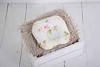"""Подушка для новорожденного малыша """"чайная роза"""" MagBaby"""