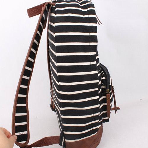 рюкзак в черно-белую полоску