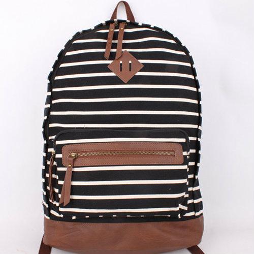 стильный рюкзак в полоску