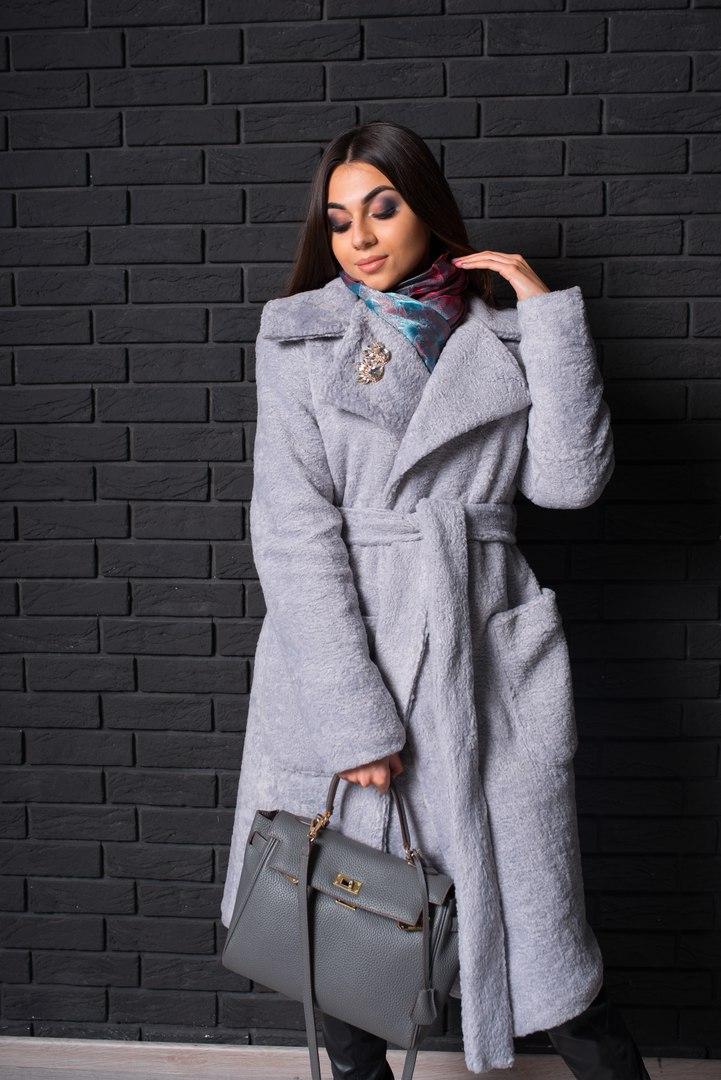 238598eb8f6 Пальто женское модное зимнее шерсть-каракуль на утеплителе с отложным  воротником разные цвета Gf228 -