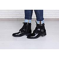 Лакові зимові черевики класичні з замшею