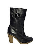 Кожаные женские зимние классические полусапожки на каблуке 37р
