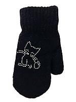 Теплые черные варежки для девочки с котиком