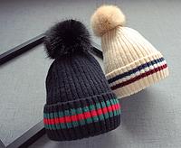 Шапка детская (деми) черного / бежевого цвета на обьем головы 50-52 см