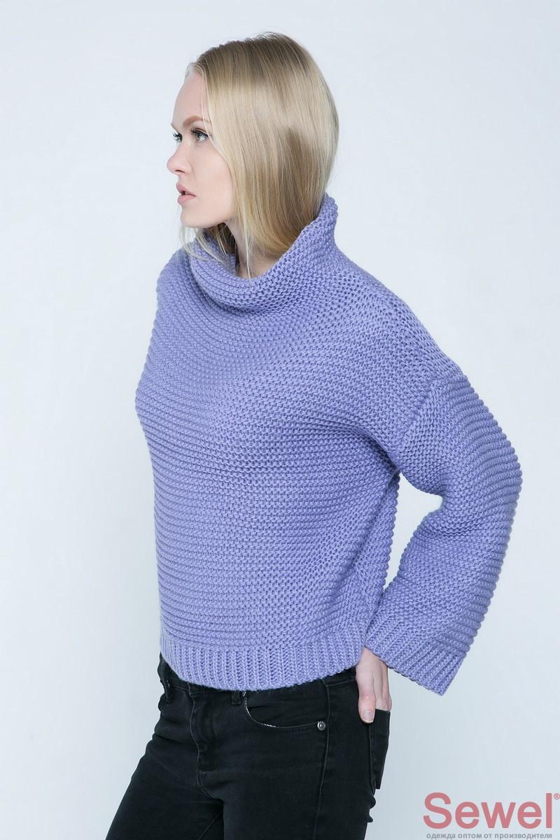 Женский вязаный свитер свободного силуэта oversize