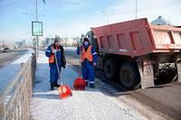 Уборка снега, вывоз снега, уборка территории от снега цена приемлемая Киев
