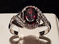 Серебряное кольцо Эвита с гранатом. Артикул 1850/9р-GAR