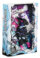 Кукла Эбби Коллекционная Monster High Abbey Bominable Collector Doll FGD27
