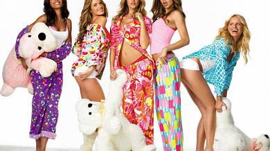 Женская одежда для дома: кофты, штаны, комбинезоны