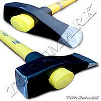 Топор-колун 2500 г (ручка из стекловолокна)