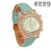 Женские часы мятного цвета Geneva (229)