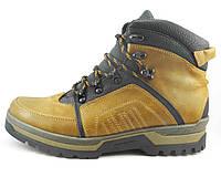 Ботинки зимние кожаные с нашивными накладками, фото 1
