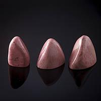 Камень натур. Родонит розовый Сувенир, цена за 100 грамм