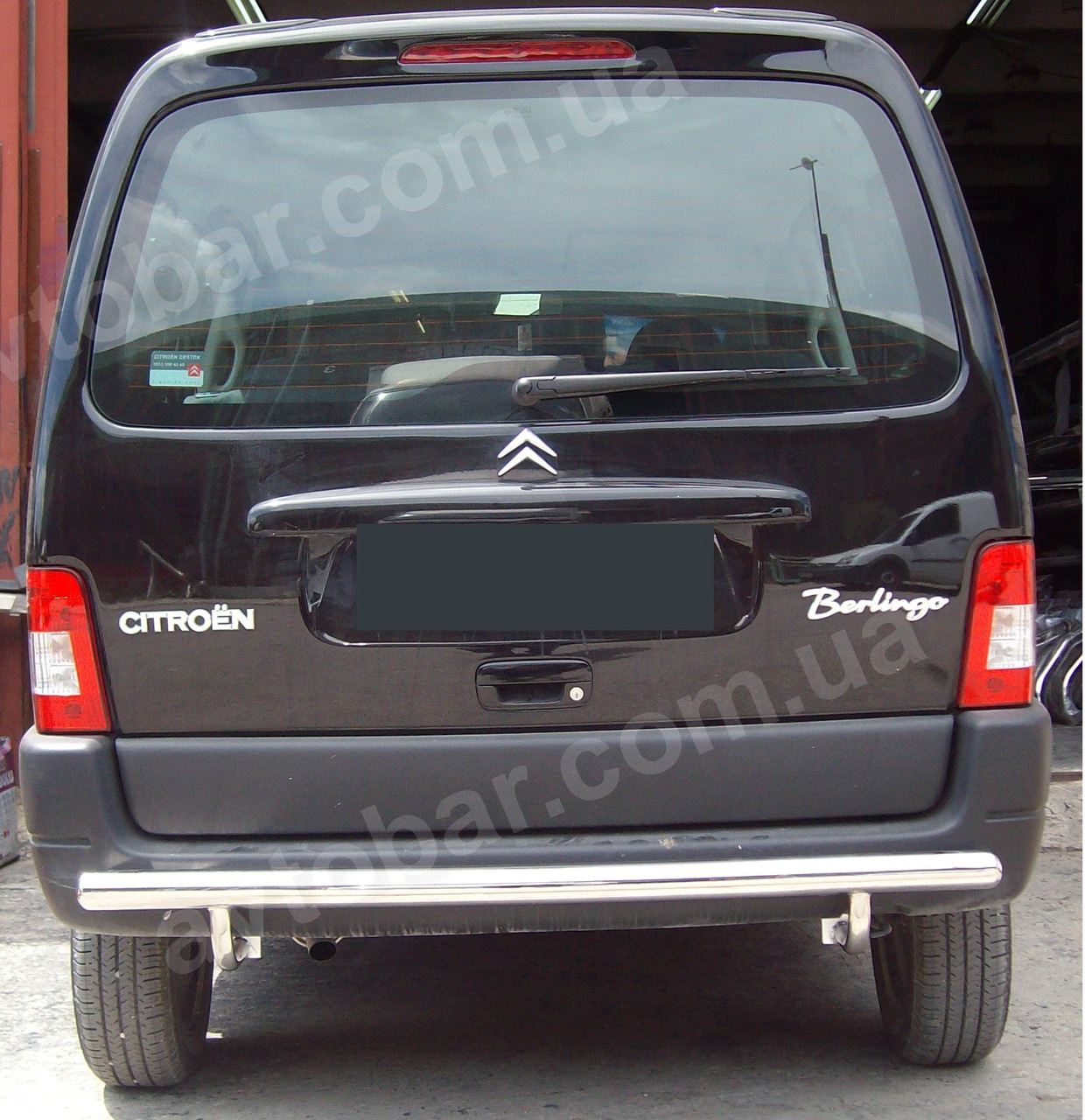 Защита заднего бампера на Peugeot Partner (1996-2008)