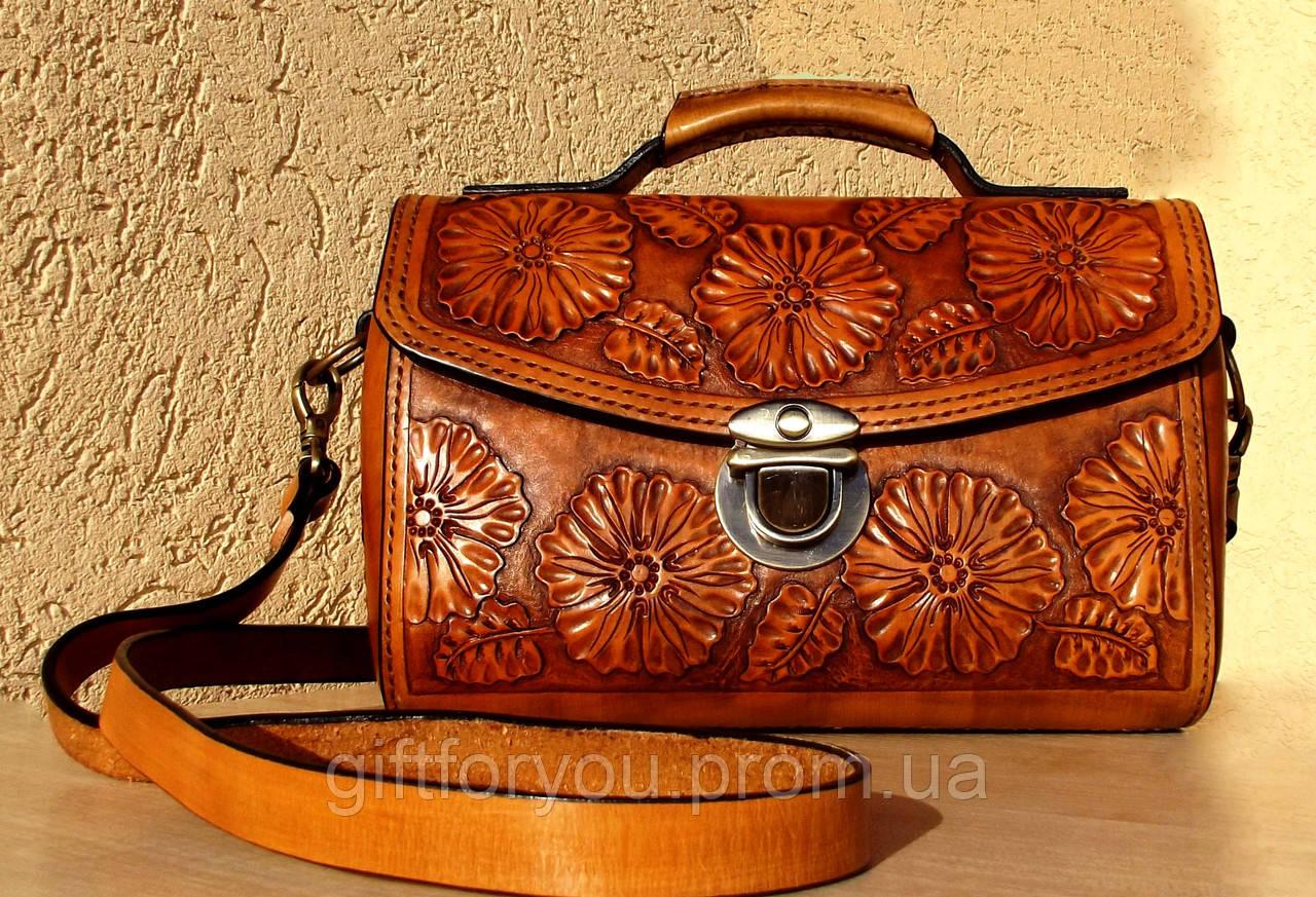f8c5b19c9d84 Женская сумка САКВОЯЖ, ручной работы с тиснёным рисунком из натуральной кожи  растительного дубления 25х18см.