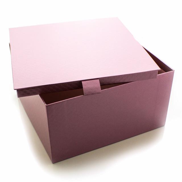 Подарочная коробка Сиреневый Металлик 22 x 22 x 12 см