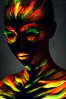 Флуоресцентная краска - колоссальное свечение в ультрафиолете