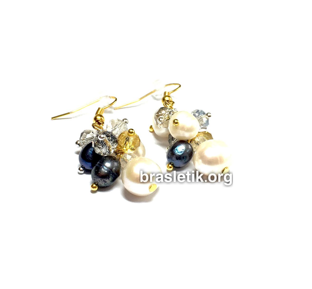 Сережки з перлів натурального