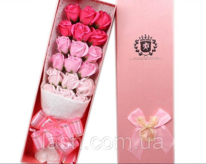 Подарочный букет18 роз ручной работы для любимых женщин