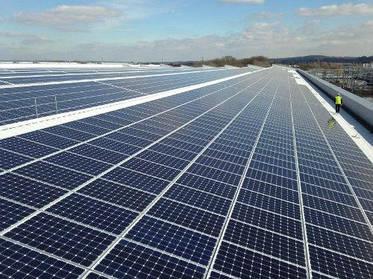 Американський прорив: гнучкі сонячні батареї перетворюють в джерело енергії будь-яку річ!