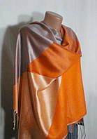 Практичный многоцветный шарф-палантин на каждый день