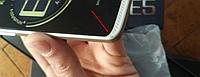 """Смартфон HTC E5 (1SIM) 4,55"""" 3G 2CPU gold золото Гарантия! Уценка:минимальный скол на углу крышки."""