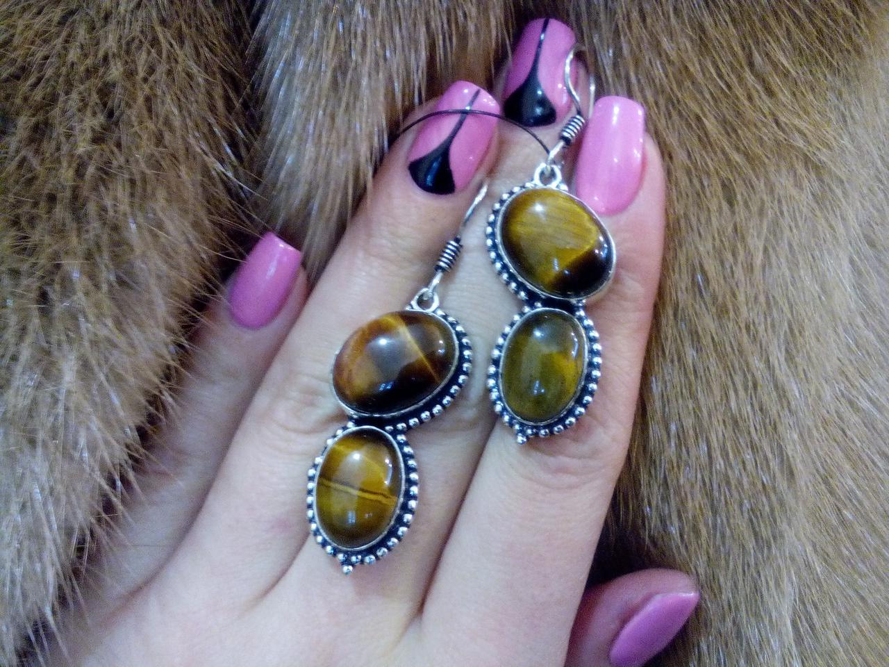 Серьги с тигровым глазом. Красивые серьги с камнем тигровый глаз в серебре.