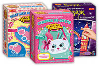 Подарункові набори для дитячої творчості