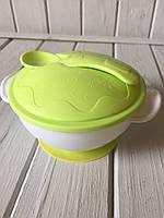 Детская тарелка на присоске на присоске салатовая