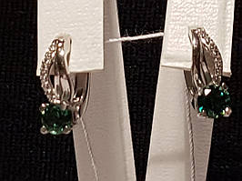 Серебряные серьги Стеша с зеленым кварцем. Артикул 2351/9р-QGR