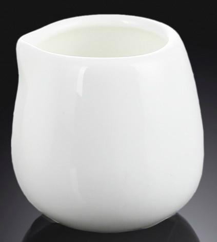 Молочник столовый Wilmax фарфоровый 100 мл