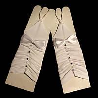 Перчатки белые с бантиками, длинные на один палец