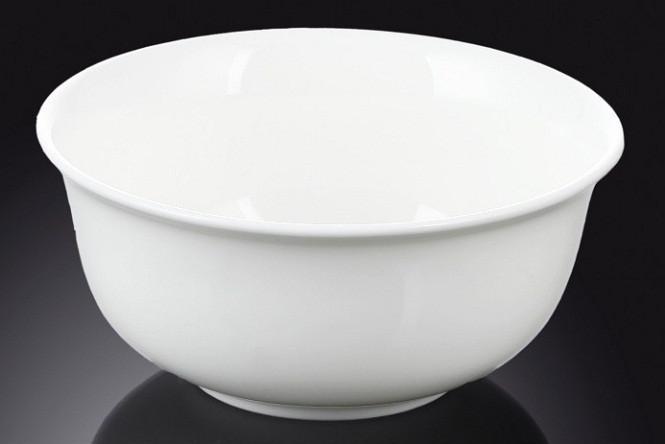 Салатник фарфоровый Wilmax 20 см с выгнутым краем