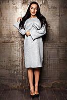 Теплое платье из твида с мерцающей нитью слегка свободного кроя
