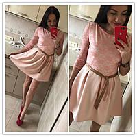 Платье с гипюровым верхом и клешеной юбкой 83541