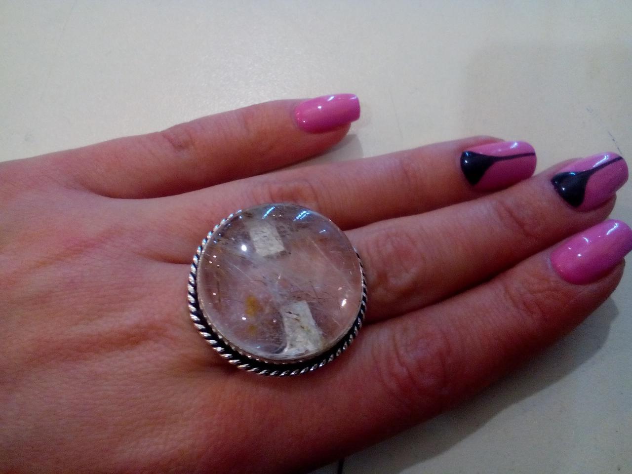 Кольцо круглое с кварцем волосатик кольцо с камнем рутиловый кварц-волосатик в серебре 19 размер Индия