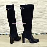 Сапоги женские зимние на высоком устойчивом каблуке, натуральная лаковая кожа и замш синего цвета., фото 3