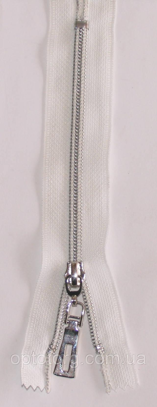 сильвер карманка №7 змейка молния серебро на белой ткани