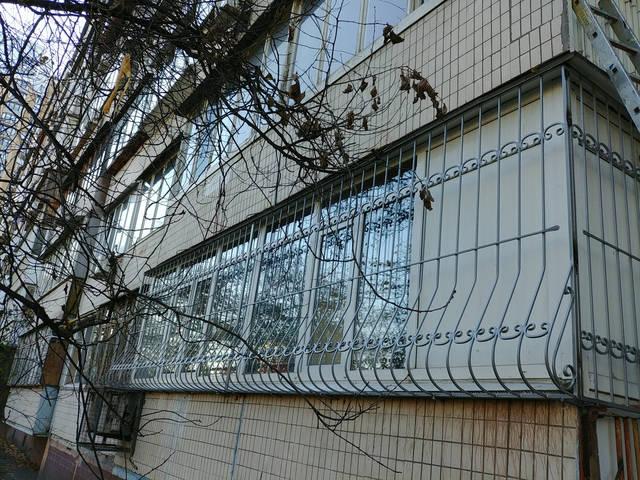 Решётки на окна объемные «Луковица» 1