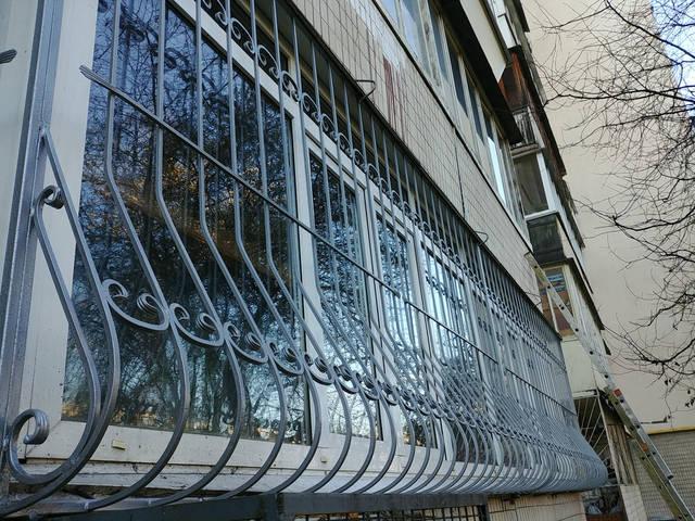 Решётки на окна объемные «Луковица» 4