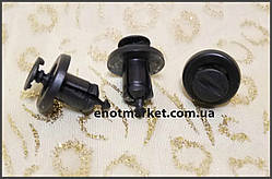 Крепление бампера и радиатора Renault, внутренняя отделка багажника Dacia, Nissan. ОЕМ: 0151500QAB, 7703072360