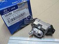 Цилиндр тормозной задний правый (Производство Mobis) 5838025300