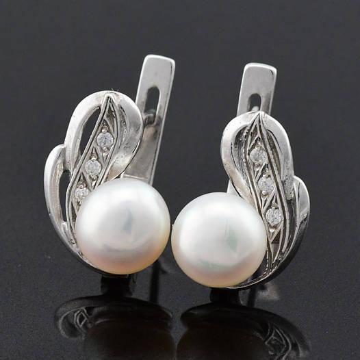 """Серебряные серьги """"Жемчужное перо"""", размер 15*10 мм, вставка белые фианиты, вес 3.69 г"""