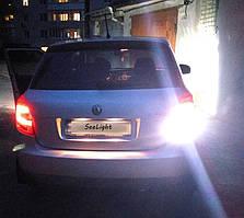 Установка светодиодной лампы 144-3014 LED на задний ход автомобиля Skoda Fabia -1