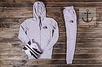 Спортивный костюм The North Face (TNF) светло-серый