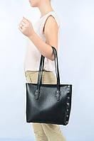 Кожаная сумка шопер с заклепками по бокам