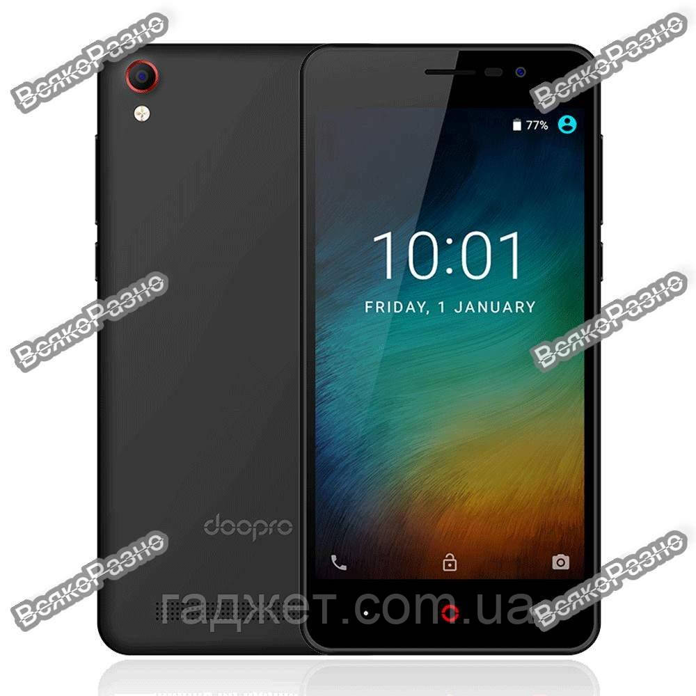 Смартфон Doopro P3. Телефон Doopro P3 черного цвета.