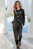 Утепленный черный спортивный костюм